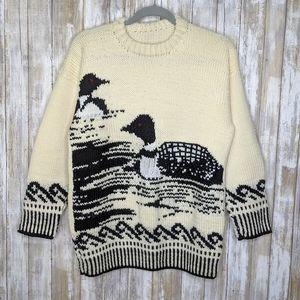 Vtg Hand Knit Loon Sweater Cream Black Medium